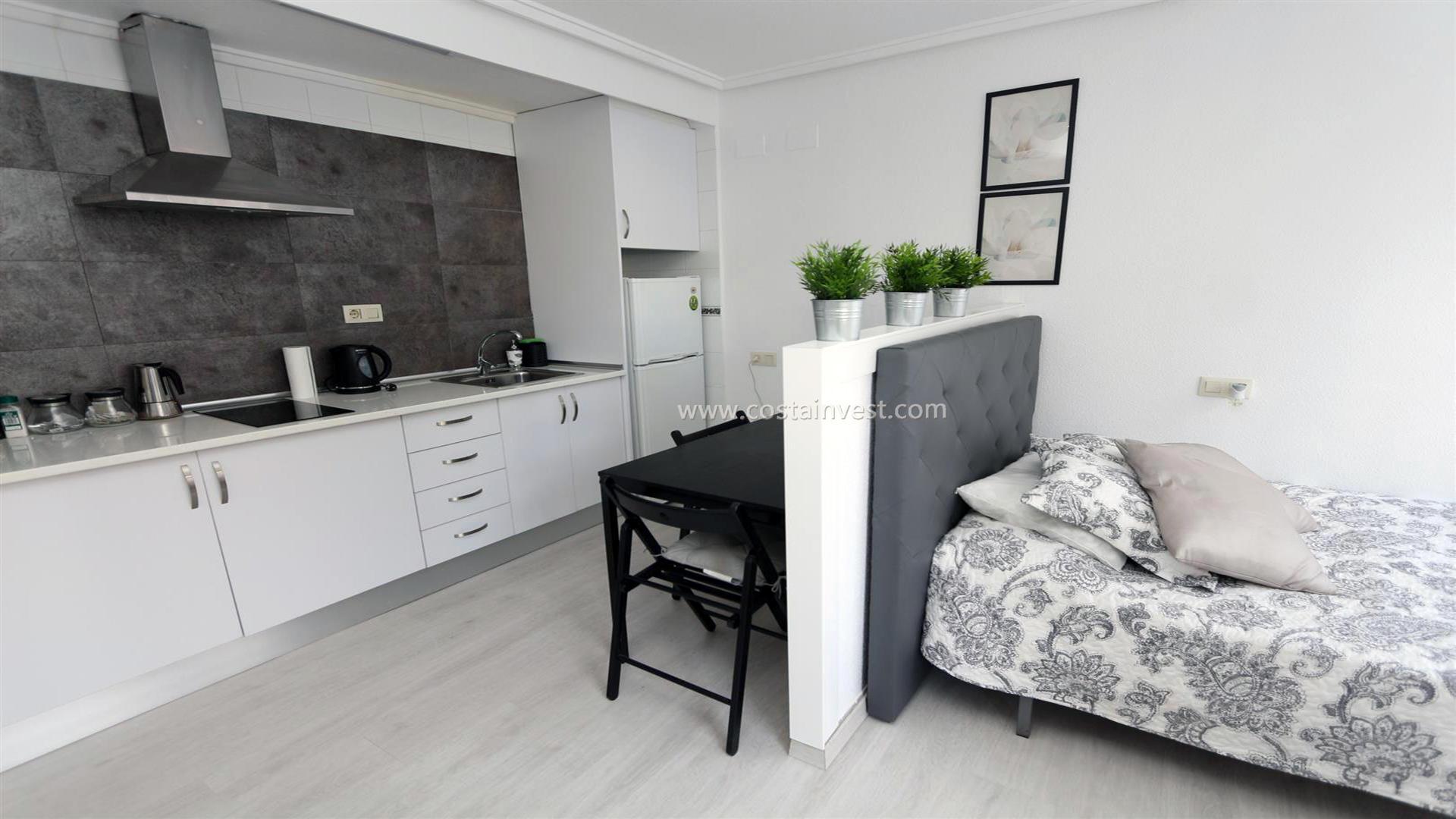 Studio -                                       Torrevieja -                                       0 bedrooms -                                       2 persons